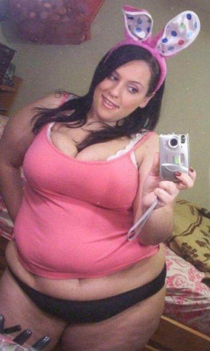Femme-grosse-exigeante-cherche-homme-a-Lille-pour-du-sexe